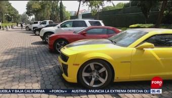 Gobierno federal realiza subasta de autos de lujo