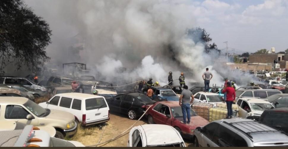 Foto: incendio en una pensión y taller mecánico en Guanajuato, 24 de mayo 2019. Twitter @GuanajuatoGob