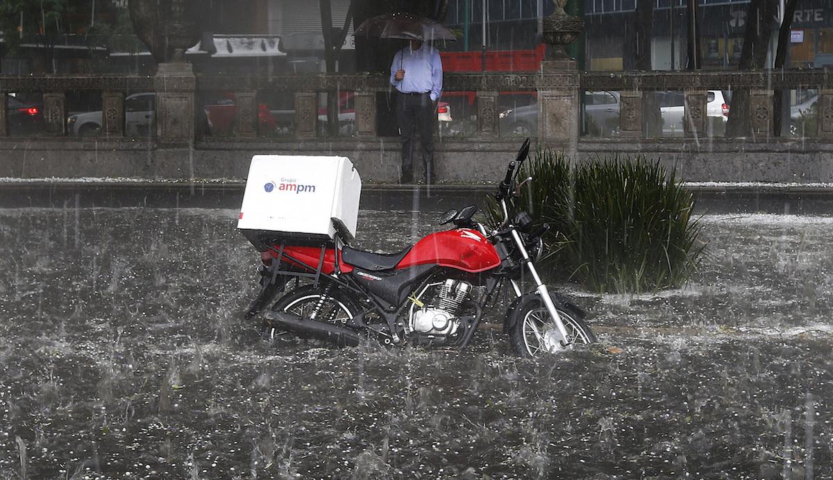 Foto Inundación Reforma CDMX 14 Marzo 2019