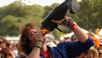 Alcohol reduce crecimiento de cerebro en jóvenes