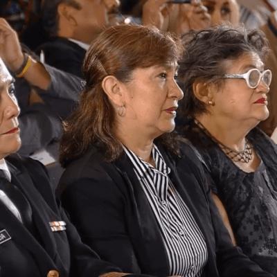 AMLO felicita a todas las madres, en especial a las víctimas de violencia