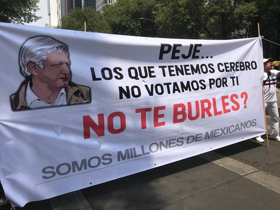 Marchan miles en contra de las políticas de Andrés Manuel López Obrador