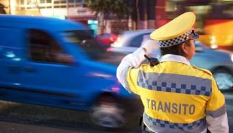 Fotografía referencial de una mujer de la Policía de Tránsito de la Ciudad de México, 10 mayo 2019