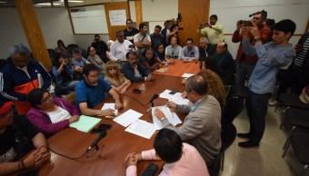 Foto: Al mediodía de este domingo, en presencia de funcionarios de la Secretaría del Trabajo y en sus instalaciones, se signaron los documentos, el 5 de mayo de 2019 (Notiemx)