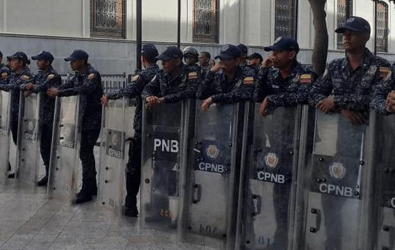 Venezuela en alerta, por amenaza de bomba en el Parlamento (Twitter)