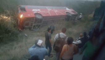 Foto: Volcadura de autobús en Tamaulipas, 15 de mayo de 2019, México