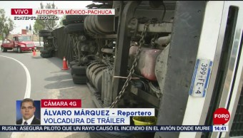 Foto: Volcadura de tráiler complica el tránsito en la México-Pachuca