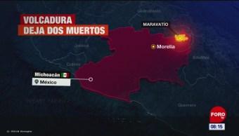 Volcadura deja dos muertos en Michoacán