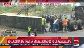 Vuelca tráiler en Acueducto de Guadalupe, en CDMX