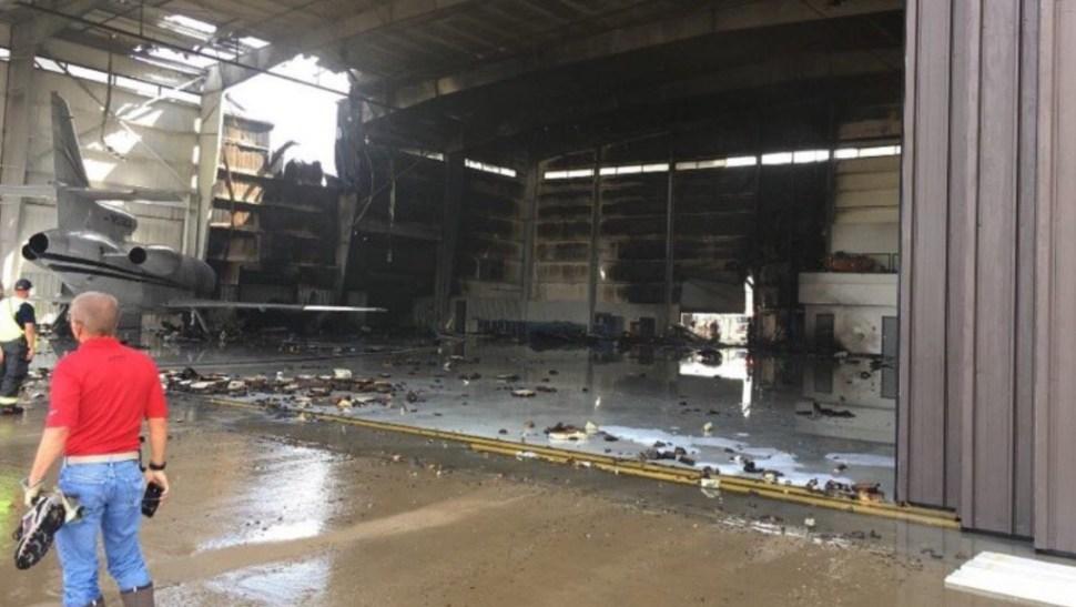 Foto: La aeronave se estrelló en la ciudad de Addison, al norte de Dallas, junio 30 de 2019 (Twitter: @wfaa plane crash at Addison airport