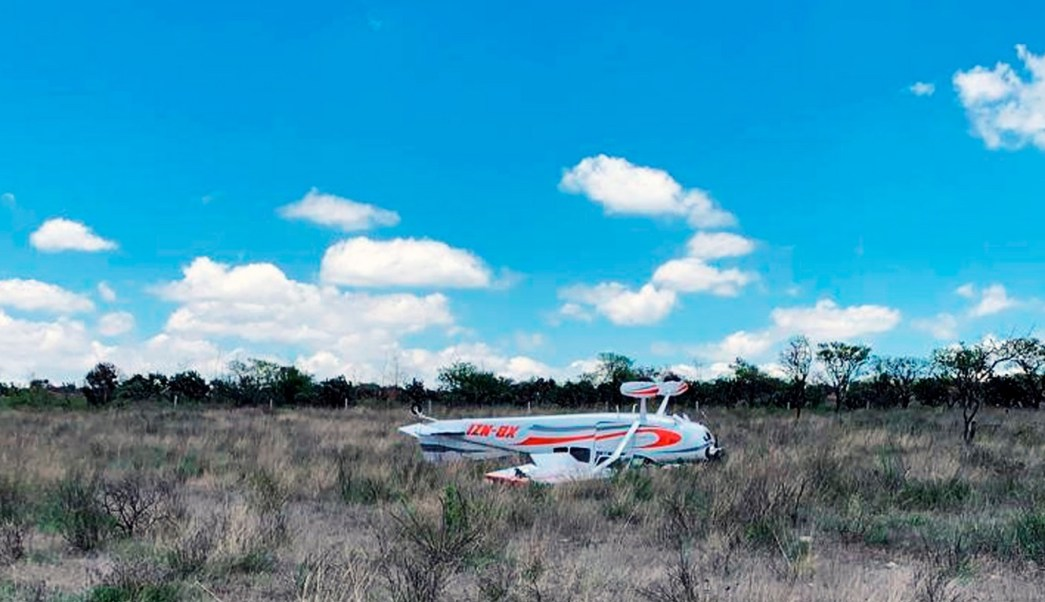 Foto: Aeronave accidentada en Querétaro. 28 de junio 2019. (Twitter @mpio_El_Marques)