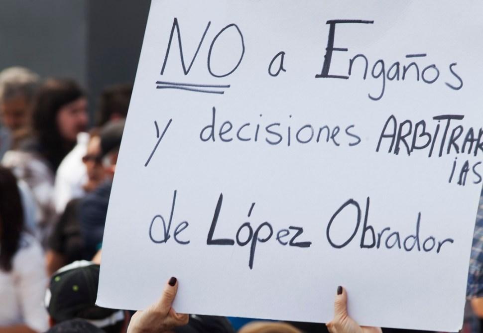 FOTO: Aeropuerto de Santa Lucía acumula suspensiones definitivas, AP, diciembre 11 2018