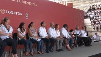 FOTO AMLO entrega apoyos y verifica Tren Maya en Yucatán (YouTube 22 junio 2019 valladolid yucatan)