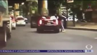 Asaltan a automovilista durante tráfico en avenida San Antonio, CDMX