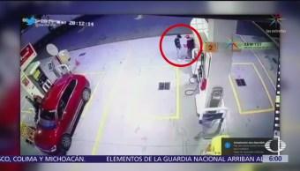 Asaltantes asesinan a despachador de gasolina en la México-Puebla