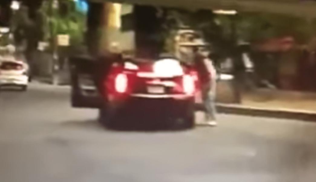 Foto Video: Aprovechan tráfico para asaltar en San Pedro de Los Pinos 19 junio 2019