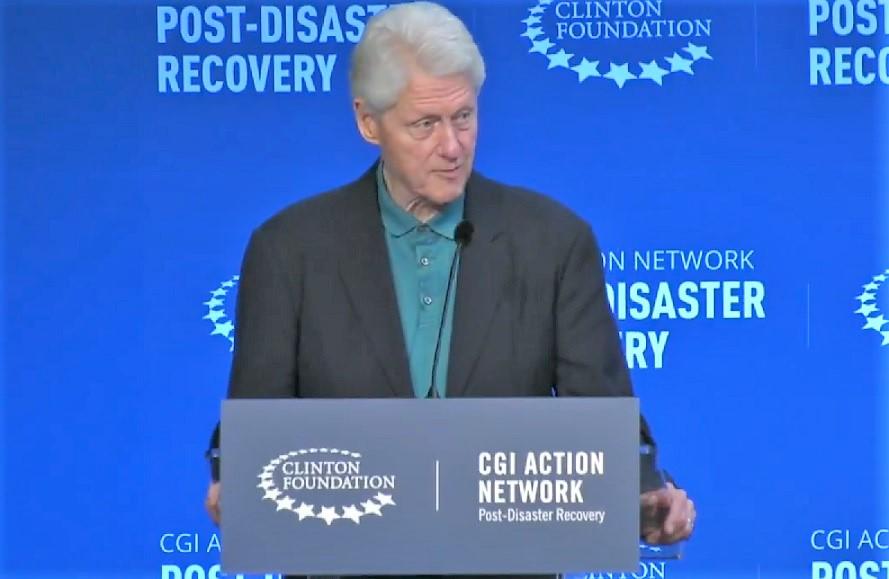 Clinton: Cambio climático fuerza a todo el planeta a repensar en desastres naturales