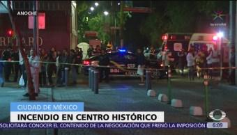 Bomberos sofocan incendio en Centro Histórico de la CDMX