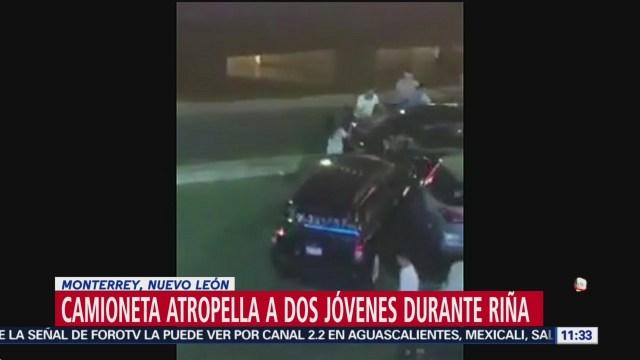 Camioneta atropella a dos jóvenes durante riña en Monterrey, NL