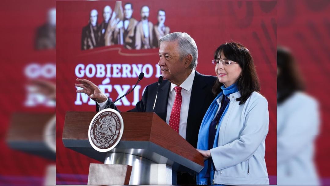 Foto: El presidente Andrés Manuel López Obrador y María Elena Álvarez-Buylla Roces, directora del Conacyt, 27 junio 2019