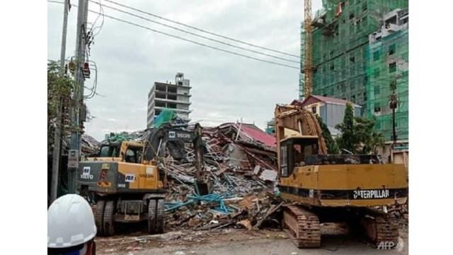 Suman 17 muertos por derrumbe de un edificio en Camboya