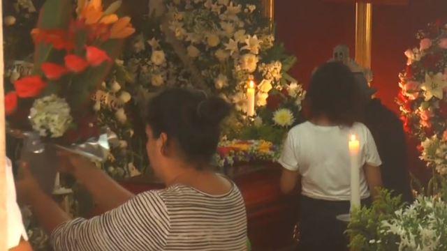 Dan último adiós a doña Chayito, peregrina que murió en accidente en Veracruz