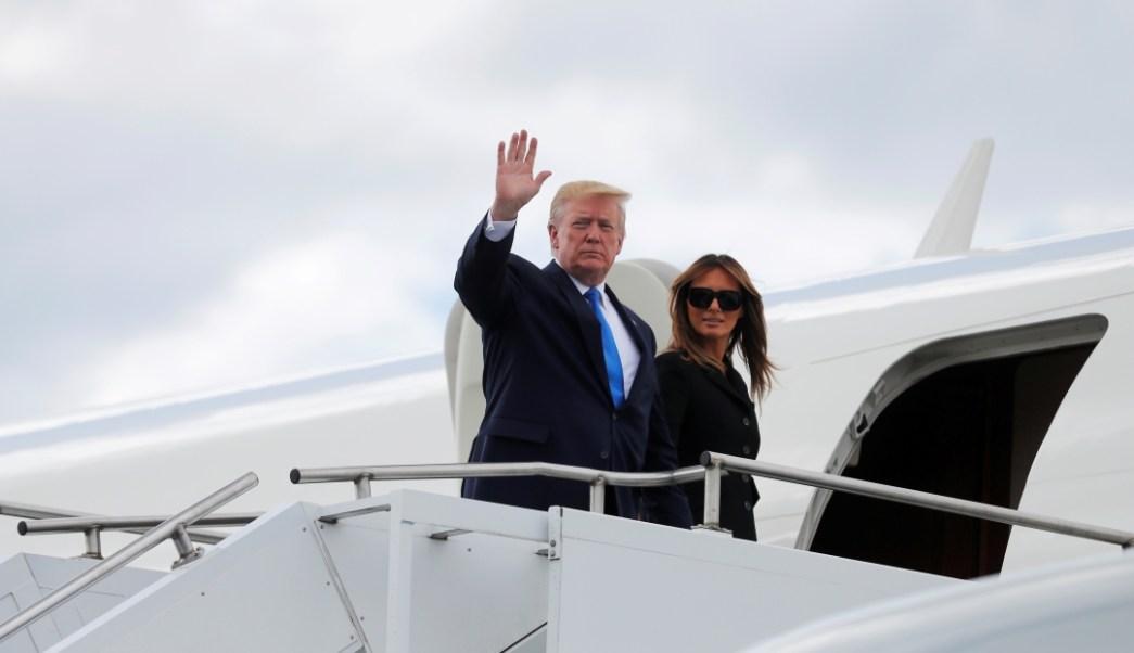 Foto: Donald y Melania Trump en el aeropuerto de Caen, Francia, 6 de junio de 2019
