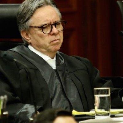 Eduardo Medina Mora habría recibido transferencias millonarias