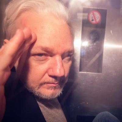 EU pide al Reino Unido la extradición de Julian Assange