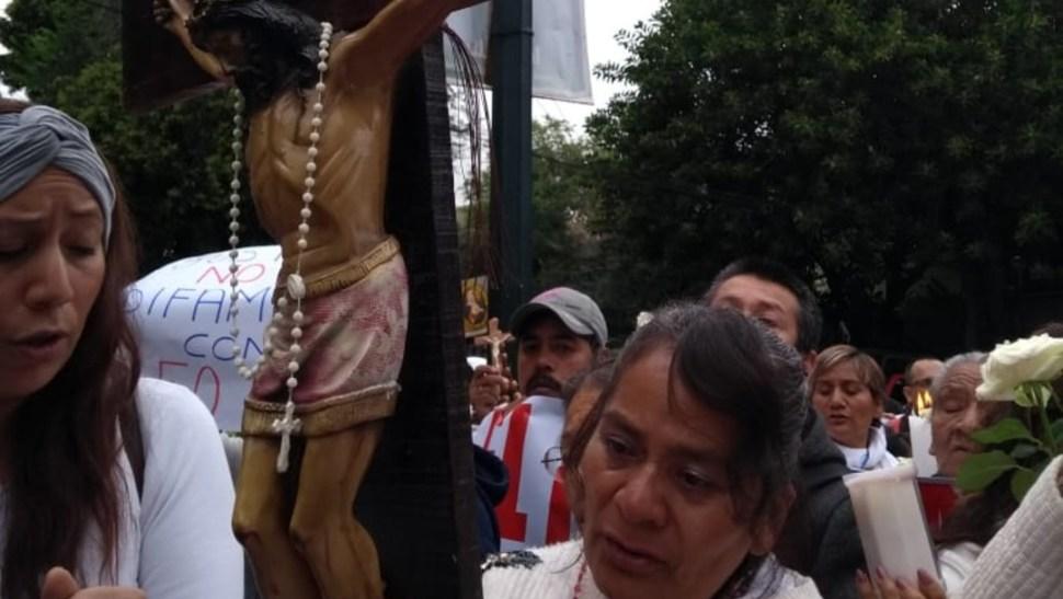 FOTO Protestan frente a TSJCDMX por libertad del sacerdote vinculado a homicidio de Leonardo Avendaño (Noticieros Televisa S.Servín)