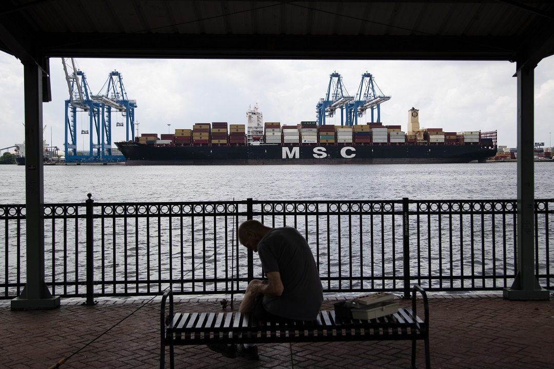 Foto: Barco de contenedores MSC Gayane en el río Delaware en Filadelfia, EEUU. El martes 18 de junio de 2019