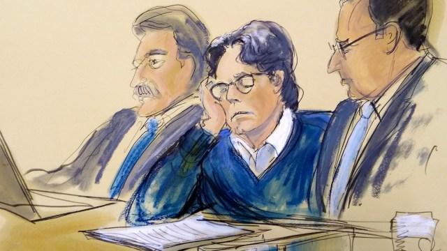 Foto: Boceto de Keith Raniere durante su juicio en una corte de Nueva York, EEUU. El 18 de junio de 2019