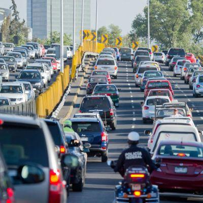 CDMX prohibirá circulación de carros con placas foráneas