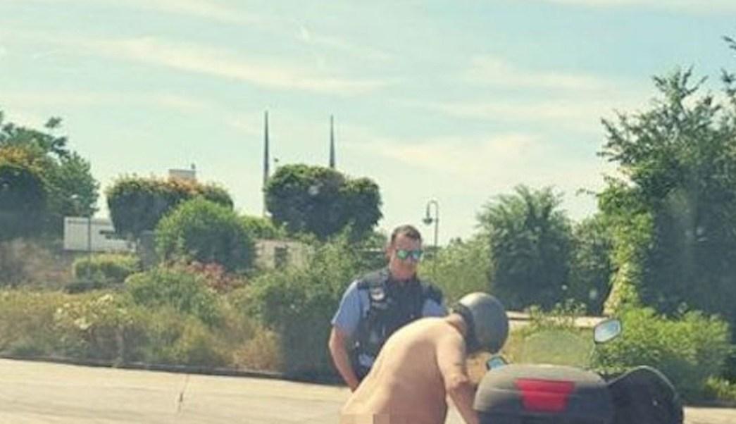 Hombre Pasea Desnudo En Moto Debido Al Calor Noticieros Televisa