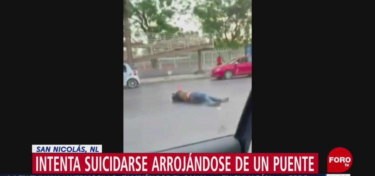 Hombre intenta suicidarse al arrojarse desde un puente peatonal en Nuevo León