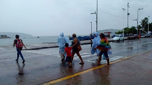 Foto: lluvias en el puerto de Acapulco, noviembre 2018. Twitter @PoliturAcapulco