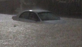 Foto Inundaciones y rescate de personas por lluvias en Nuevo León 11 junio 2019
