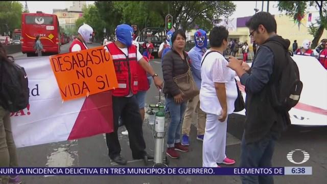 Manifestación de pacientes con VIH bloquea Insurgentes