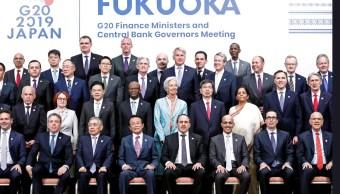 Foto: Los líderes financieros del G20 posan para una foto durante la reunión de los ministros de finanzas y bancos centrales del G20 en Fukuoka, Japón, junio 9 de 2019 (Twitter: @CGTNOfficial)