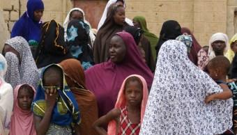 Foto: Mujeres y niñas en Mali., 31 de agosto de 2012. Mali, África