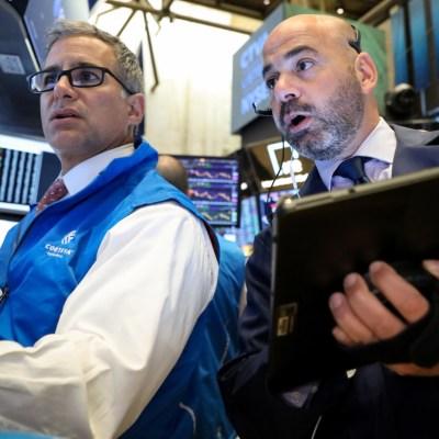 Wall Street cierra mixto y el Dow Jones repunta 0.02%