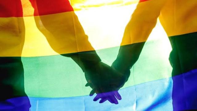 foto Parejas gay tienen derecho a solicitar crédito del Infonavit 21 junio 2019