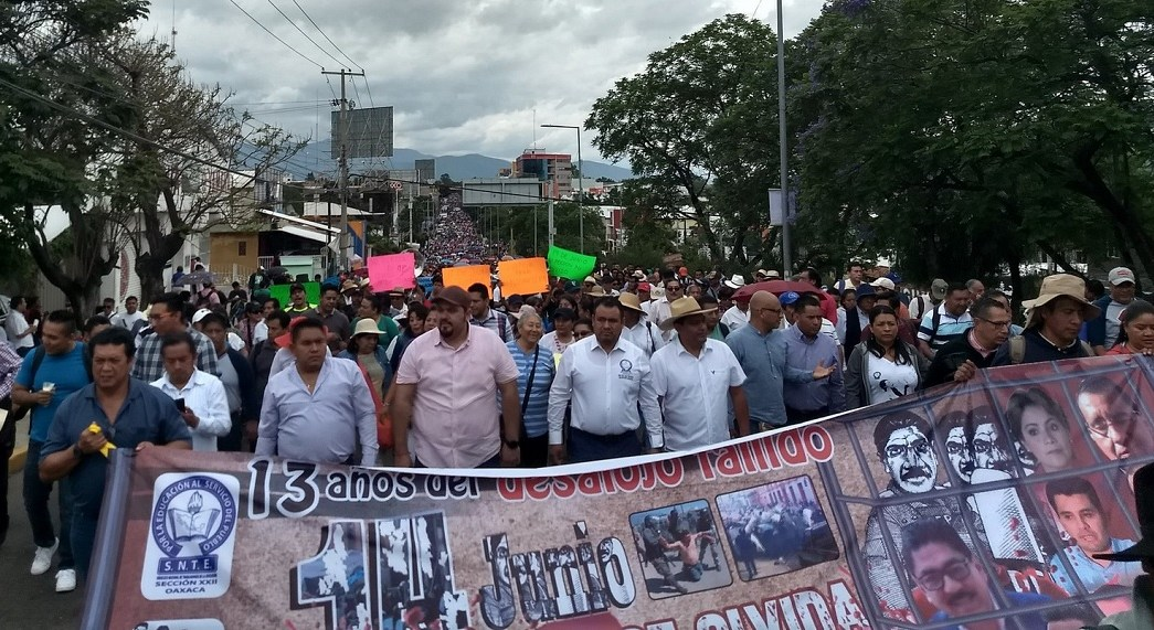 Foto: Protesta de la CNTE en Oaxaca, 14 de junio 2019. Twitter @karlostorresh