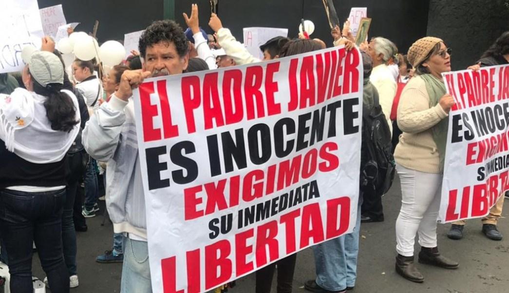 Protestan frente a TSJCDMX por libertad del sacerdote vinculado a homicidio de Leonardo Avendaño (Noticieros Televisa)