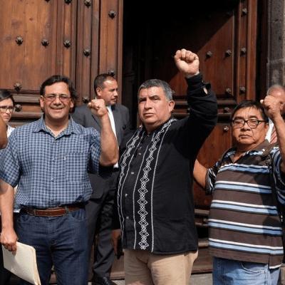 AMLO promete reinstalar a maestros cesados, afirma CNTE