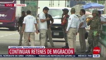 FOTO: Retenes en carreteras de Chiapas verifican papeles de pasajeros