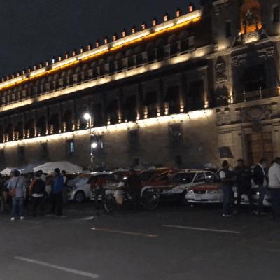 Taxistas protestan contra aplicaciones; realizan bloqueos en CDMX y Edomex