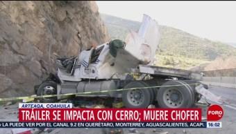 FOTO: Tráiler impacta contra un cerro, en Coahuila
