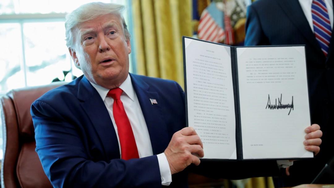 Foto: Trump firma documento sobre sanciones a Irán, 24 de junio de 2019, Estados Unidos