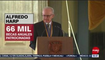 FOTO: UNAM da reconocimiento al Máximo Mérito a Harp Helú e Isaac Chertorivski